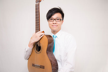 photo of Simon KWAN